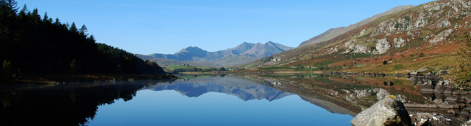 A stunning view Of Mount Snowdon from across the lake.